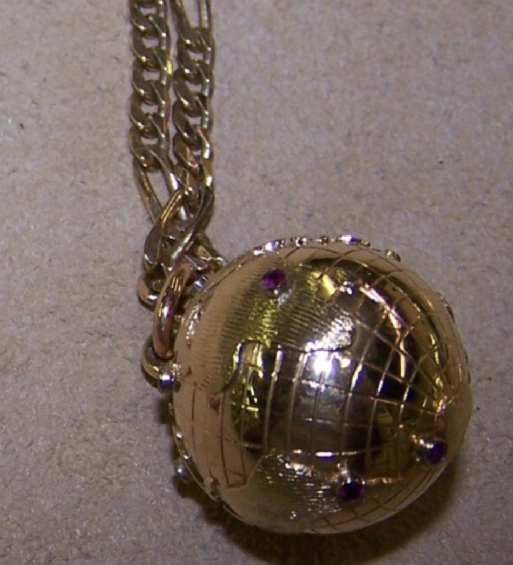 *YELLOW GOLD PENDANT NECKLACE - 2