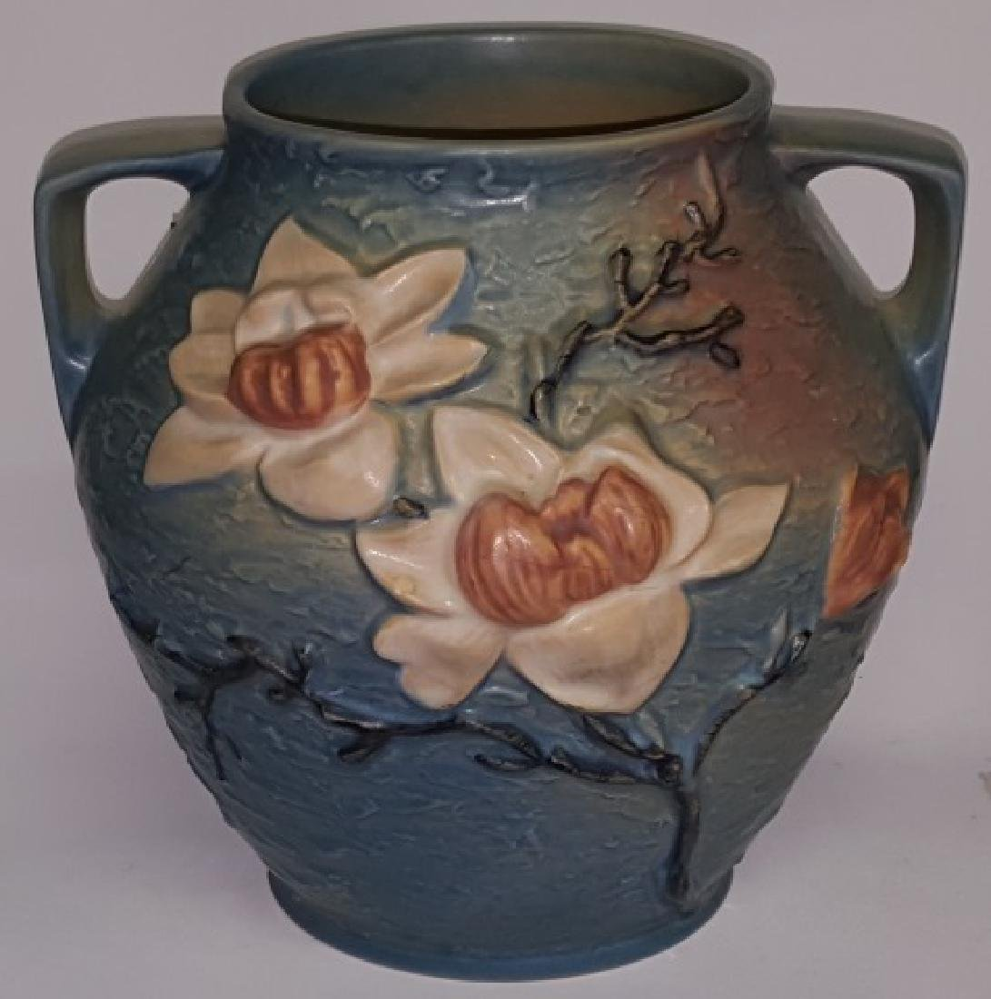 *ROSEVILLE ART POTTERY 2-HANDLED VASE