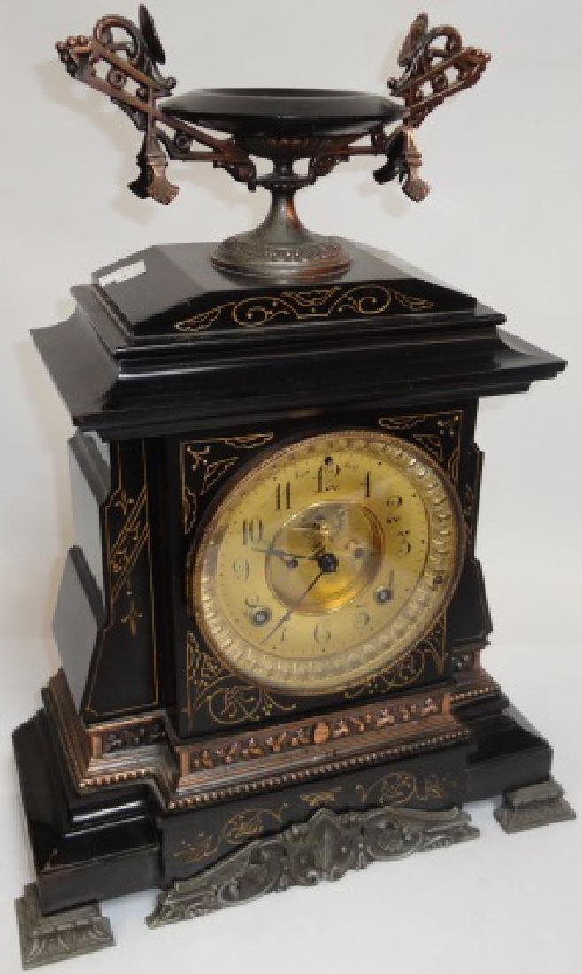 *EARLY 20TH C. MANTEL CLOCK