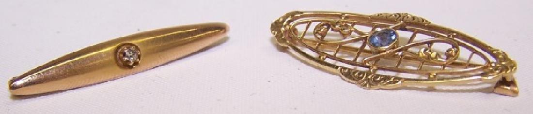 *2 GOLD PINS