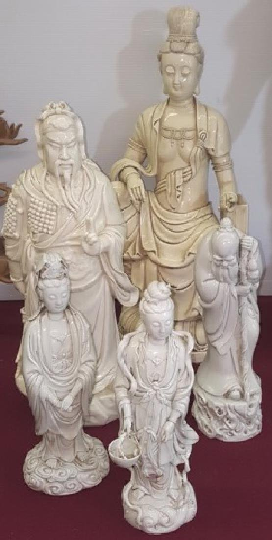 *5 CHINESE PORCELAIN FIGURES