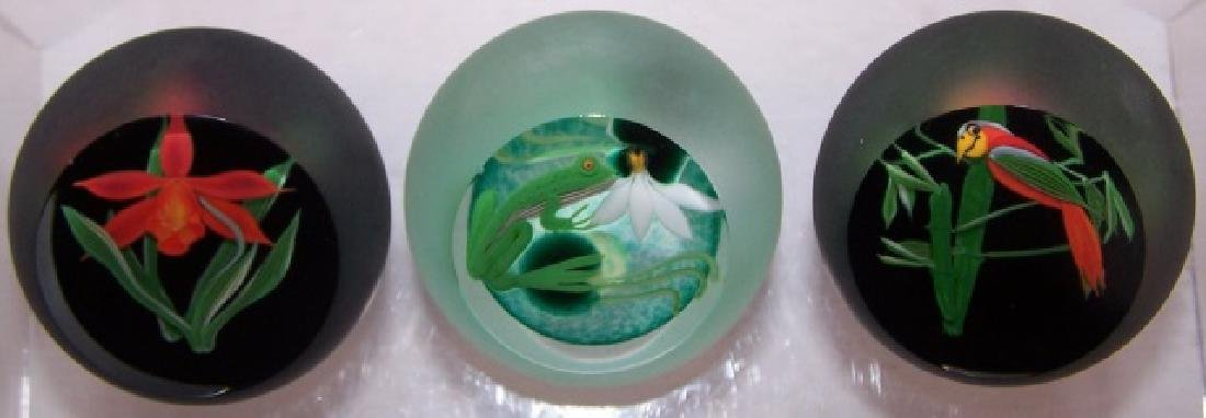 *3 CORREIA ART GLASS PAPERWEIGHTS