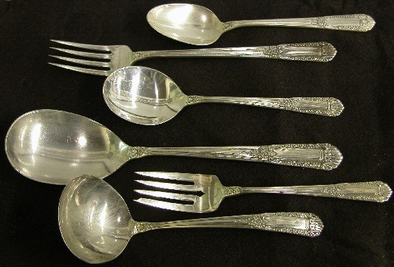1008: THIRTY-FOUR PIECE SET OF STATE HOUSE STERLING SIL