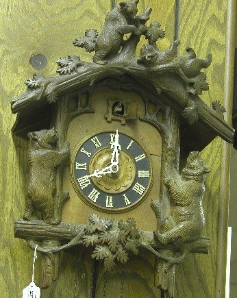 2272: ***CUCKOO CLOCK| Decorated with bears playing on
