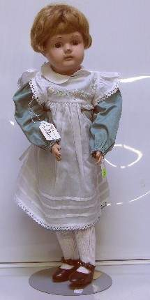 SCHOENHUT DOLLY FACE DOLL| Having painted features