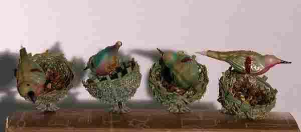 ***FOUR BIRDS ON NEST| Glass birds with wicker ba