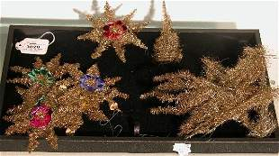 ***GROUP OF TINSEL ORNAMENTS| CONDITION: Good.