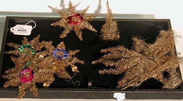 3020: ***GROUP OF TINSEL ORNAMENTS| CONDITION: Good.