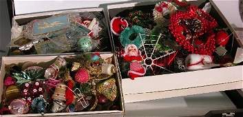 3023: ***THREE GROUPS OF CHRISTMAS DECORATIONS| Glass o