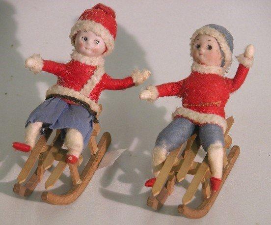 3024: ***TWO GERMAN HEUBACH CHRISTMAS FIGURES| Depictin
