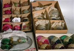 3026: ***FOUR GROUPS OF CHRISTMAS ORNAMENTS| CONDITION