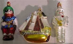 ***THREE CHRISTMAS ORNAMENTS| By Komozja, depicti