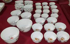 *33 PC SET ROYAL WORCESTER DINNERWARE