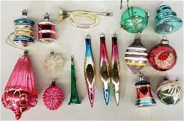*GROUP OF VINTAGE CHRISTMAS ORNAMENTS