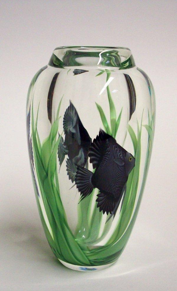 1001: ORIENT & FLUME ART GLASS PAPERWEIGHT VASE