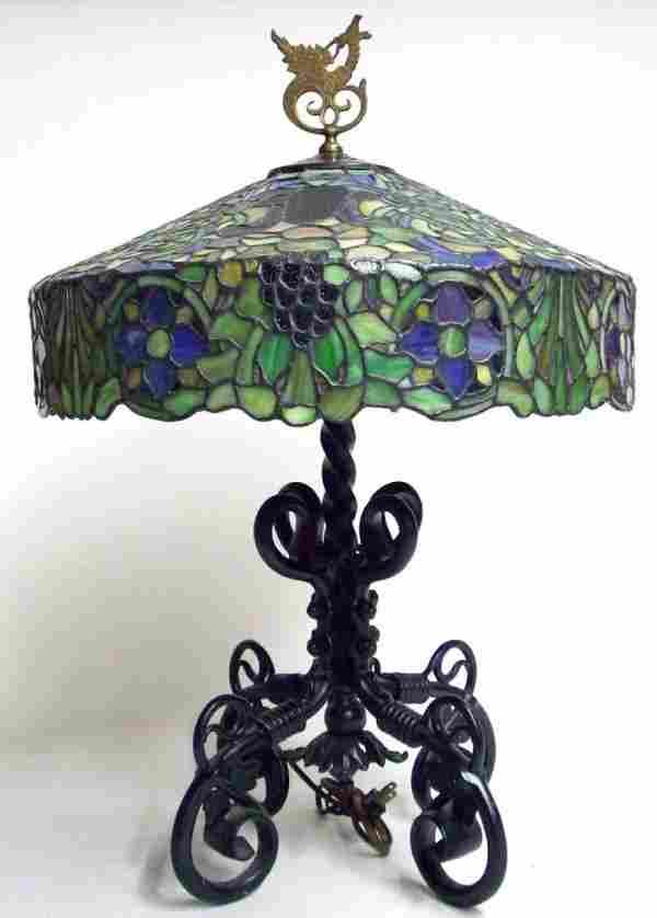 1107A: ART NOUVEAU LEADED GLASS TABLE LAMP