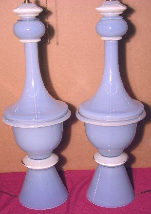 5044B: PAIR OF FRENCH BLUE AND OPALINE GLASS TABLE LAMP