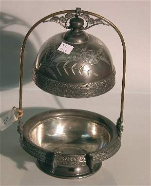 VICTORIAN SILVERPLATE COVERED BUTTER  Having flor