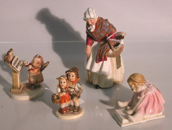 4080: FOUR FIGURES  Royal Doulton, ''Grandma'', HN 2052