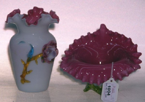 1004: TWO PIECES OF VICTORIAN ART GLASS| Comprising whi