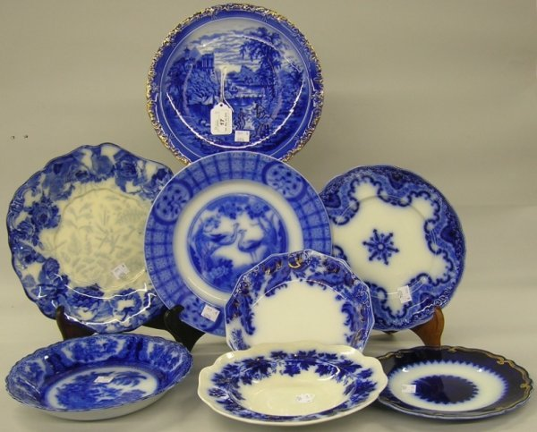 17: ***EIGHT FLOW BLUE BOWLS AND PLATE