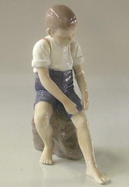 12: BING & GRONDAHL PORCELAIN FIGURE| ''Paddling About'