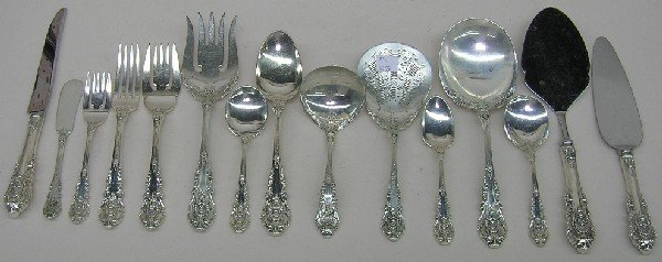 1018: SET OF WALLACE STERLING SILVER FLATWARE ''SIR CHR