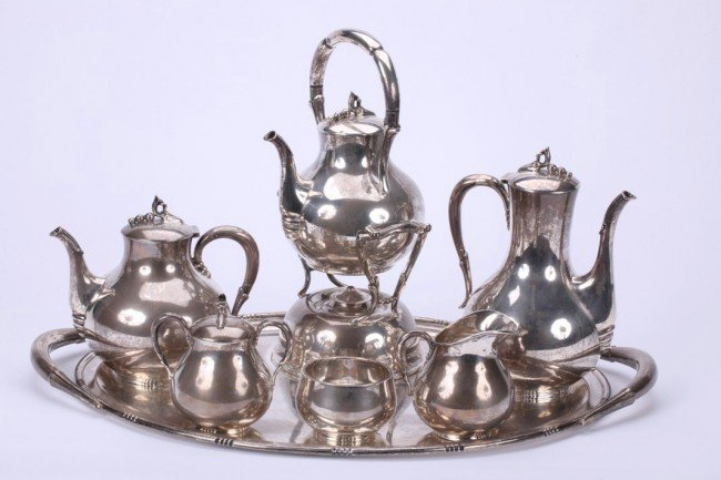 1005: MEXICAN SEVEN PIECE STERLING SILVER TEA AND COFFE