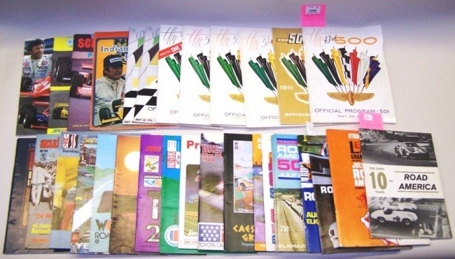 1004: ***GROUP OF THIRTY-TWO RACE PROGRAMS