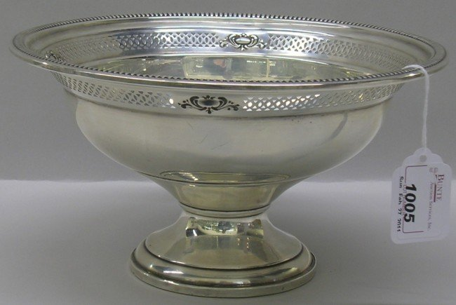 1005: ***CROWN WEIGHTED STERLING SILVER FOOTED BOWL