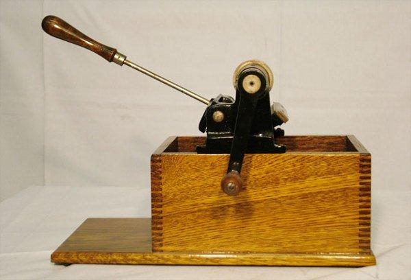 2054: EDISON HOME CYLINDER RECORD SHAVER  Use for shavi - 3
