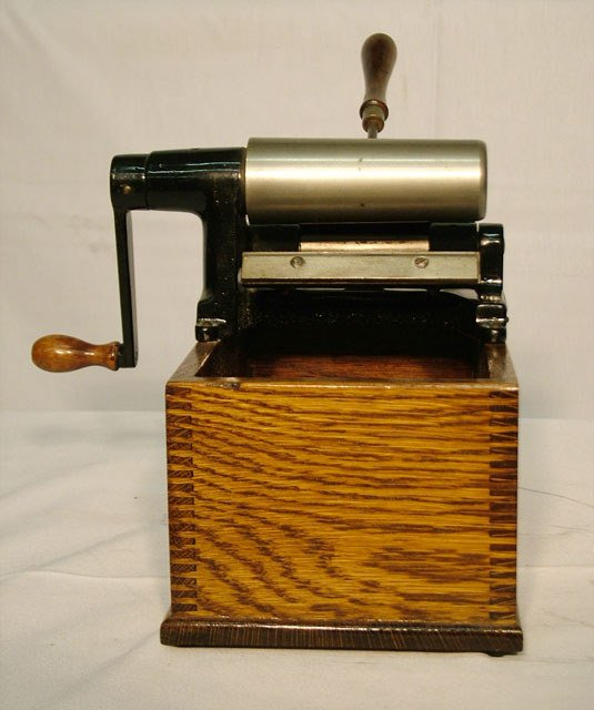 2054: EDISON HOME CYLINDER RECORD SHAVER  Use for shavi - 4