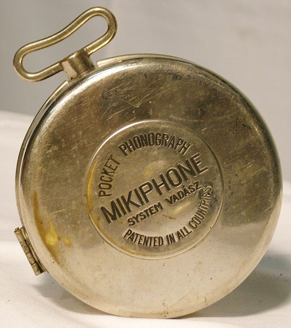 2068: MIKIPHONE PORTABLE DISC PHONOGRAPH| 78 RPM disc,