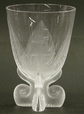 """LALIQUE ART GLASS VASE """"Mesanges"""" patt"""