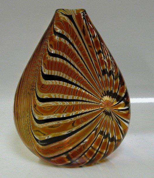 3005: ZENNARO, ORLANDO Art glass vase with swirl desig