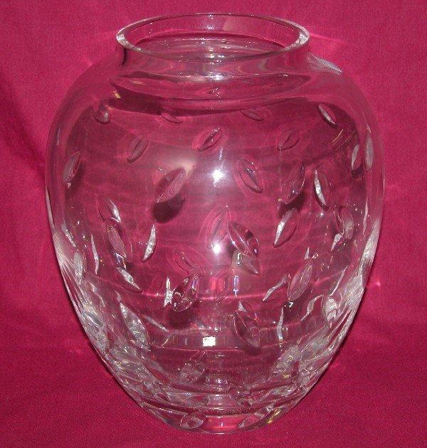 3016: TIFFANY & CO. ART GLASS VASE Marked on base, app