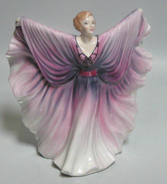 3022: ROYAL DOULTON PORCELAIN FIGURE ''Isadora'' HN. 2