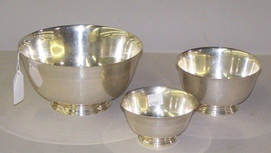 1018: ***THREE STERLING SILVER FOOTED BOWLS