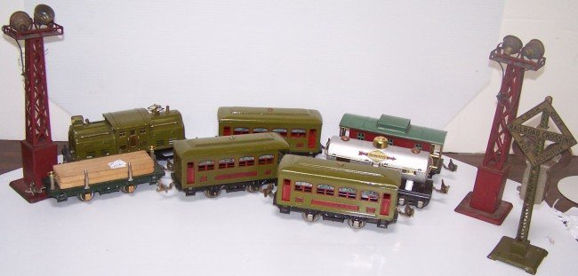 3008: FIVE GROUPS TRAINS AND ACCESSORIES