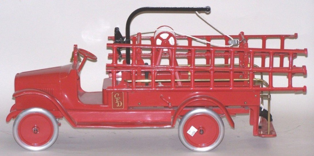 3005: ***BUDDY L HOOK AND LADDER TRUCK