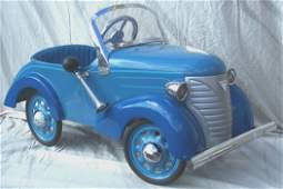 3205: ***1930'S GARTON CHILD'S PEDAL CAR