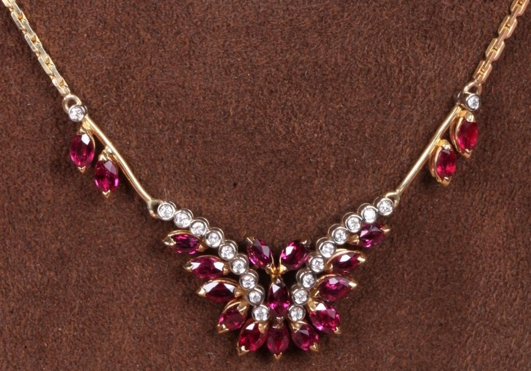1219: ***14K YELLOW GOLD, RUBY AND DIAMOND NECKLACE