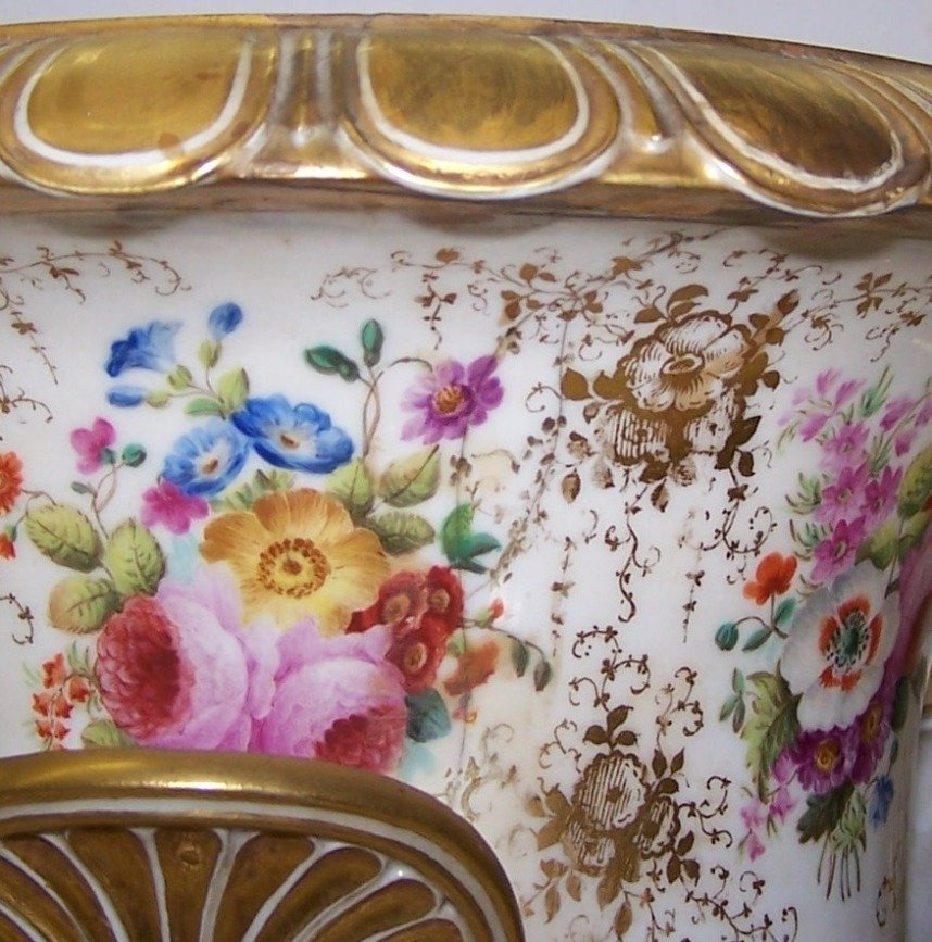 1251: ***PAIR OF 19TH C. RUSSIAN COVERED URNS - 8