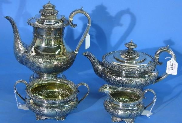 1022: 19TH CENTURY ENGLISH STERLING SILVER TEA AND COFF