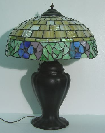 ART NOUVEAU LEADED GLASS TABLE LAMP  Fitted with