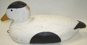***CARVED WOOD DUCK DECOY