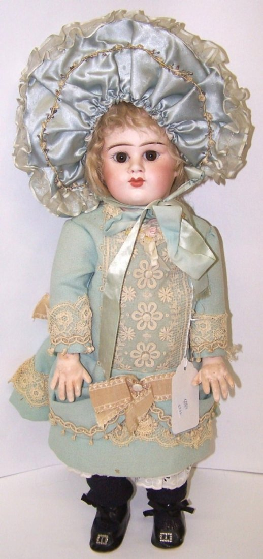 2020: ***FRENCH BISQUE HEAD DOLL