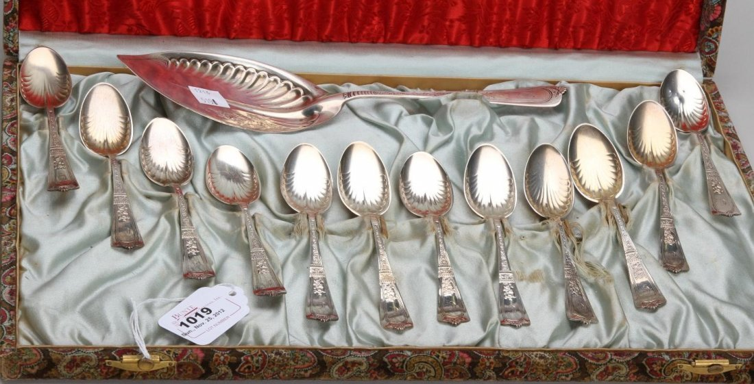 1019: ***AMERICAN STERLING SILVER ICE CREAM SET