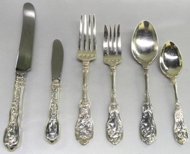 SET OF GORHAM STERLING SILVER FLATWARE