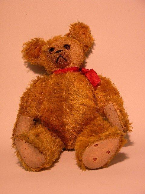 2: GOOGLY EYE TEDDY BEAR - CIRCA 1920'S| Gold mohair, c